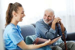 caregiver-and-senior-companionship